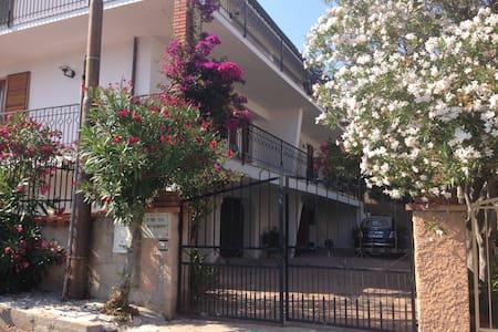 Cala Gonone appartamento in villa - Cala Gonone