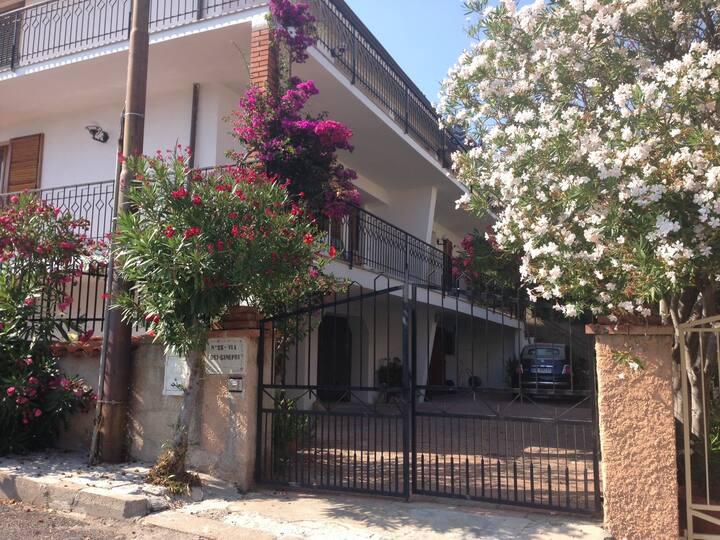Cala Gonone appartamento in villa
