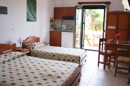 Triple Room with side sea view  - Φανάρι - Apartmen