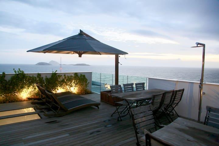 5 star Penthouse with 180° ocean view (Ipane. pt8) - Rio de Janeiro - Appartement