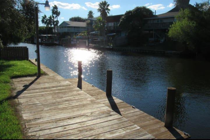 Laguna Madre Canal Home - コーパスクリスティ - 一軒家