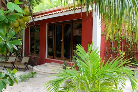 Guesthouse in the CARIBBEAN - Costa Maya