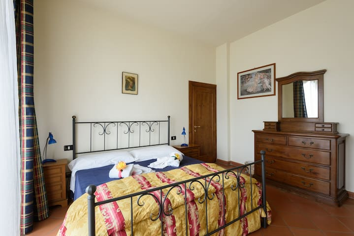 Fuga romantica sconta - Figline Valdarno - Apartemen