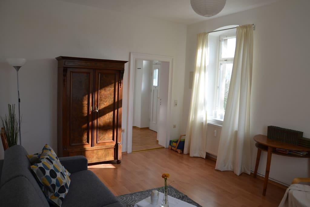 kleine gem tliche altbauwohnung wohnungen zur miete in dresden sachsen deutschland. Black Bedroom Furniture Sets. Home Design Ideas