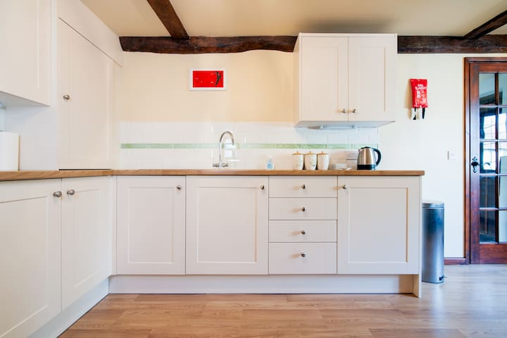 Clean and well equipped Kitchen