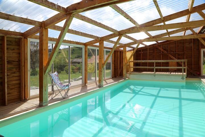 gite de groupe piscine à l année - SAINT CHRISTOPHE D ALLIER