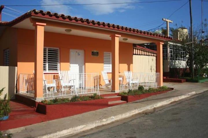 Casa Particular Villa El Moro 3 (Vinales)