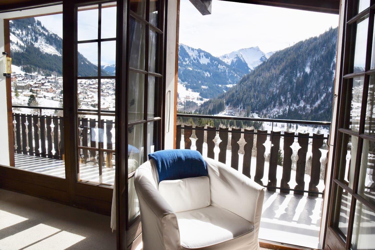 Balcony with view over Chatel and outdoor table and seating to enjoy the sun
