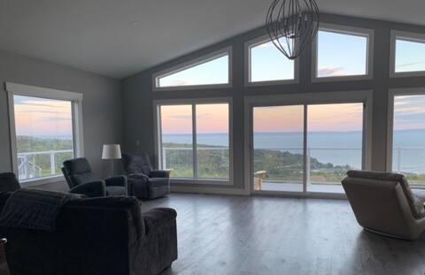 Ocean Breeze - Brand New Cottage