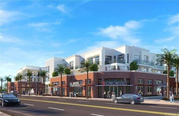 Luxury apartment unit located in the Arcadia !