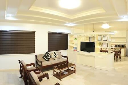 3BR - Fully furnished Villa near Clark Airport!