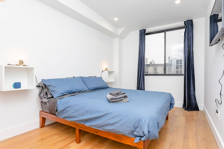 Brand new room, furnished for a stylish stay in NY
