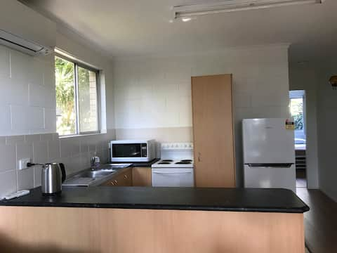 Self contained, quiet 2 bedroom unit