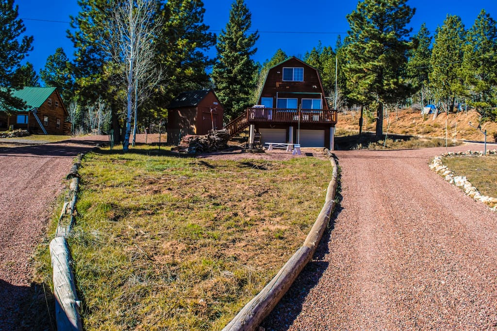 Welcome to Aspen Meadow Cabin, our property is located in the Strawberry Valley in Duck Creek Village, Utah. This cabin features 2 spacious bedrooms & 2 Bathrooms. There are three beds in the cabin and we can accommodate up to 8 guests per stay. You will find that we have a full-size washer and dryer. Along with a fireplace and Bonfire pit.