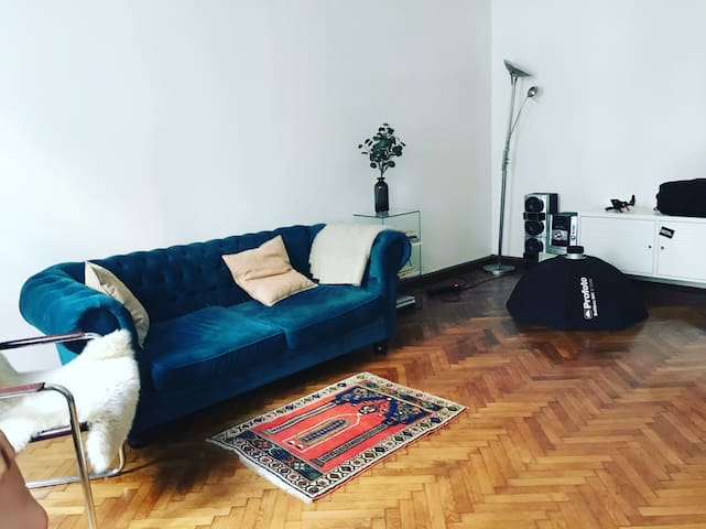 Central apartment, one bedroom, very clean