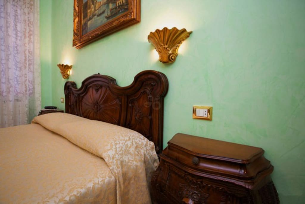Bed And Breakfast, Enchanted Star Room: with stars on the ceiling