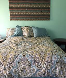 Black Creek Ranch Roadhouse B - Highland - Bed & Breakfast