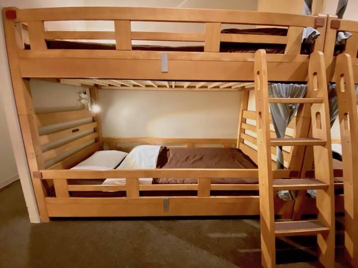 Close to Nanba , Umeda ,USJ ! mix-Dormitory Room(for 2 person)