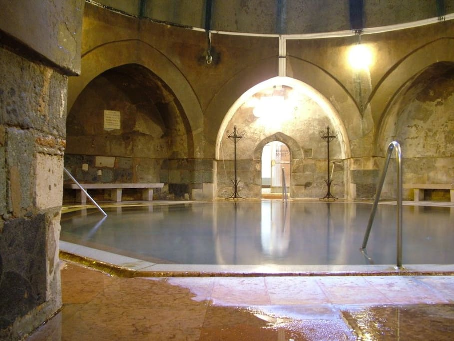 The construction of the baths began in 1565.  Kiraly Thermal Baths is a small Turkish bath in the city centre of Budapest. You can enjoy the steam chamber, the hot air chamber, the wellness jacuzzi and as well as the fitness room as a special programme.
