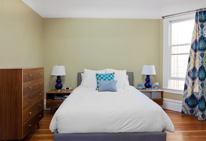 Master bedroom with lots of light.
