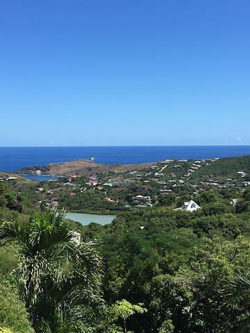 Belle villa, piscine et 2 chambres, vue sur la mer - 古斯塔維亞(Gustavia) - 別墅