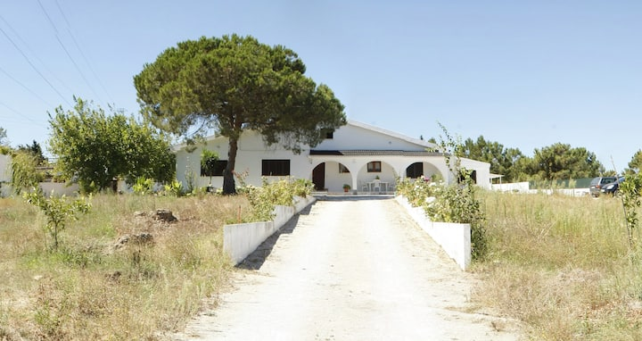 Villa@15 Km from Lisbon & Beaches