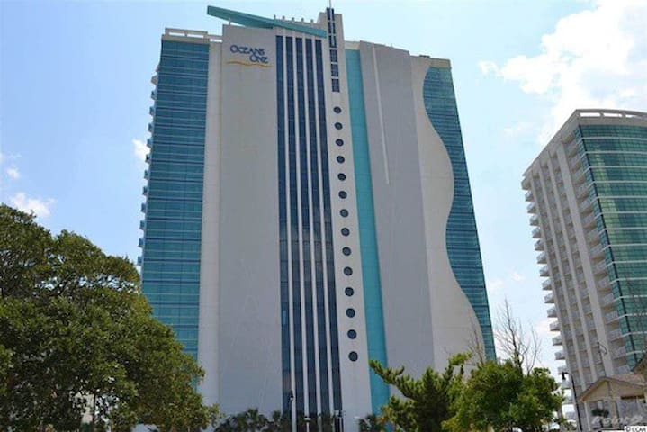 Ultra Modern Beachfront Condo Apartments For Rent In Myrtle Beach South C