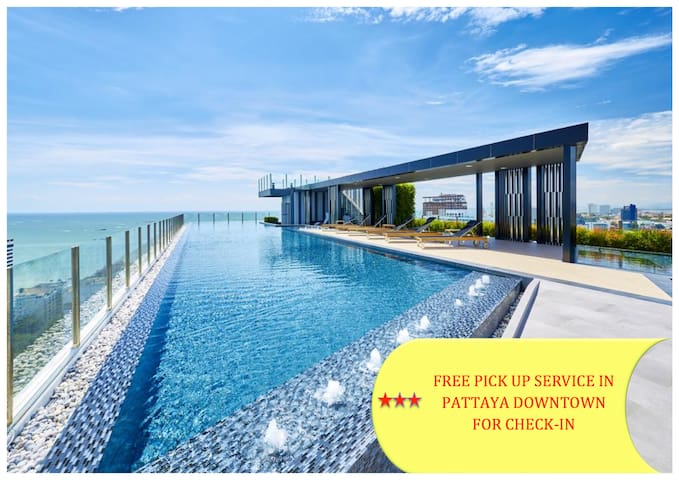 ★Charming Seaview Room★ Near Beach | Rooftop Pool