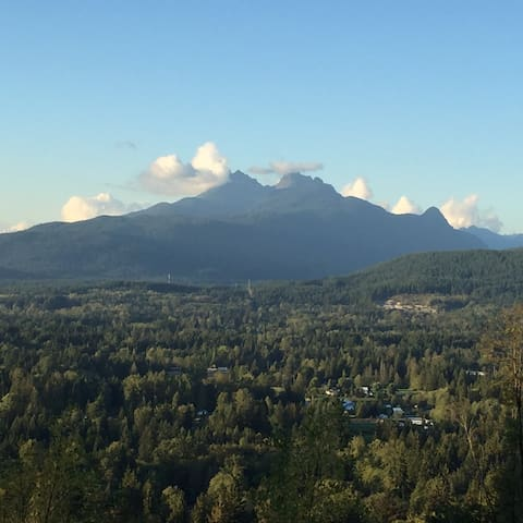 Golden Ears View Suite - Maple Ridge