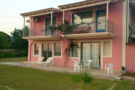 Silia Ground Floor with Sea View and Garden - Svoronata - Wohnung