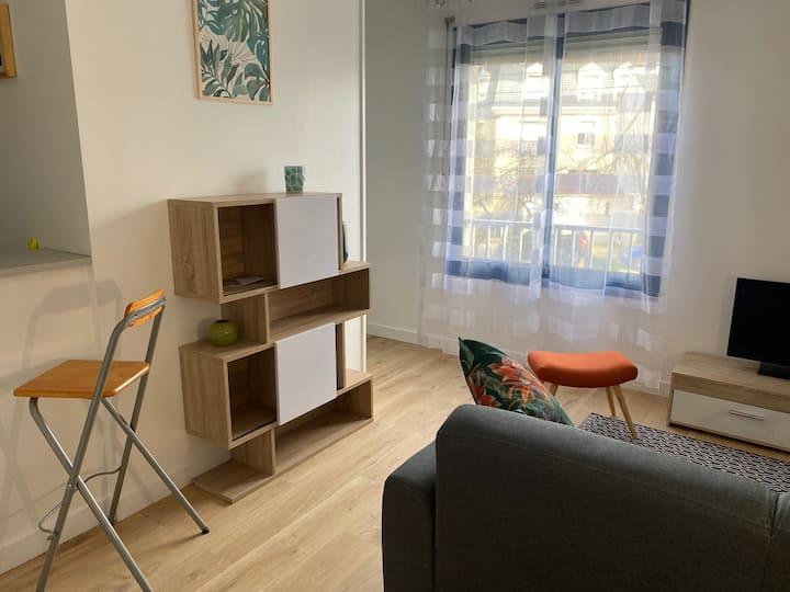 JOLI Appartement T2,  neuf, proche du centre ville