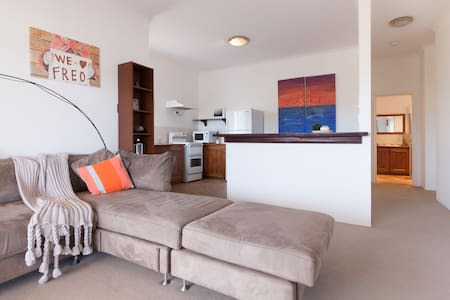Self contained unit in quiet Coogee - Coogee - Apartmen