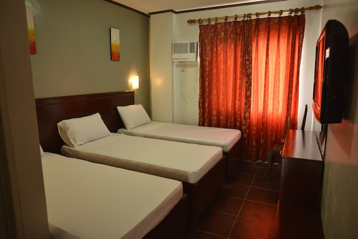 New & Clean Triple Room - Kalibo