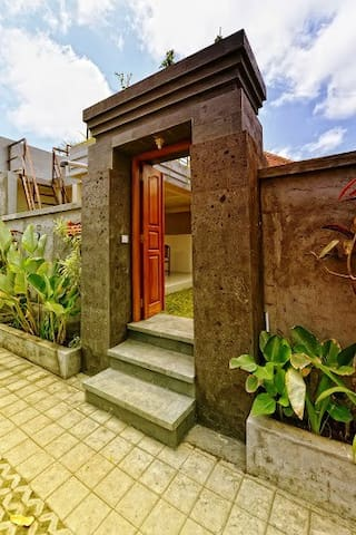 Pandawa Beach Home Stay - Kuta Selatan - Villa