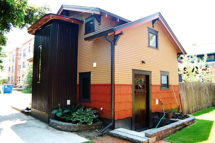 Cozy, Modern, Downtown Bungalow  - Missoula - Casa