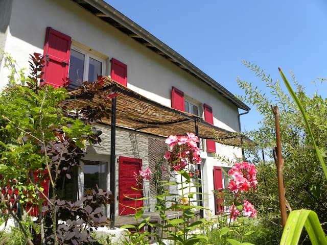 Gîte La Portella (90 m2) - Corbelin - House