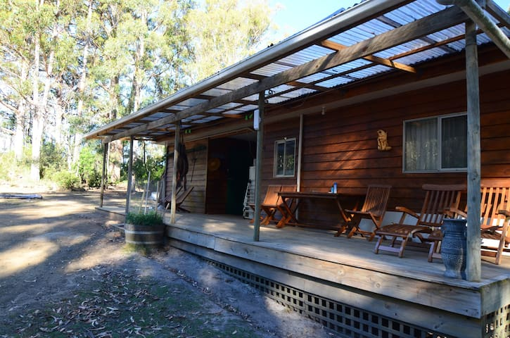 Bluegum Hostel Budget Double Room - Eaglehawk Neck - Casa