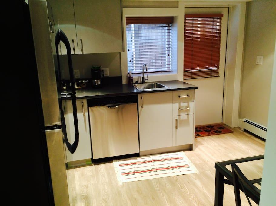 1 Bedroom Suite Kitsilano Appartements Louer