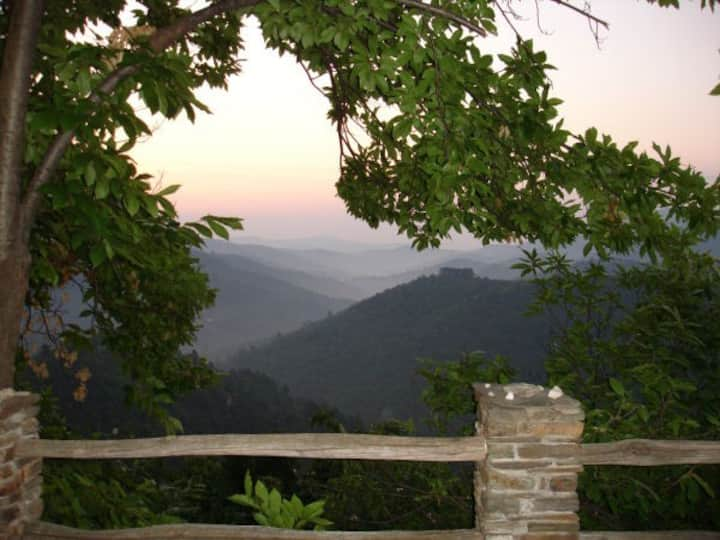 LOU CHAUSSE Vue Panoramique sur la Vallée Cévenole