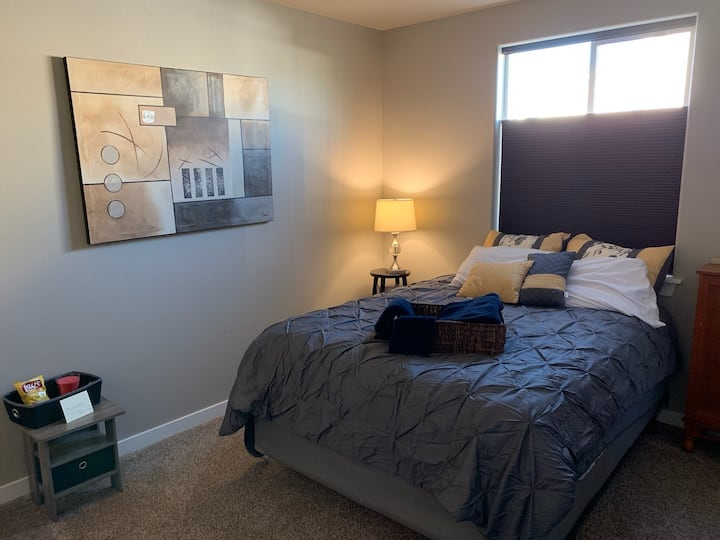 Yakima west valley private 2nd room option