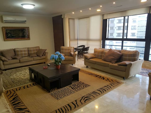 Duplex in Beirut, Lebanon - beirut/Rawche - Casa