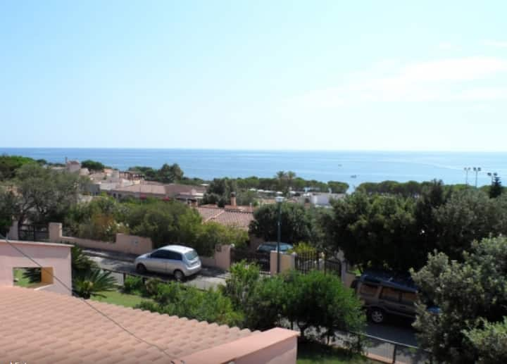 Independent House Sardinia 80m from the sea