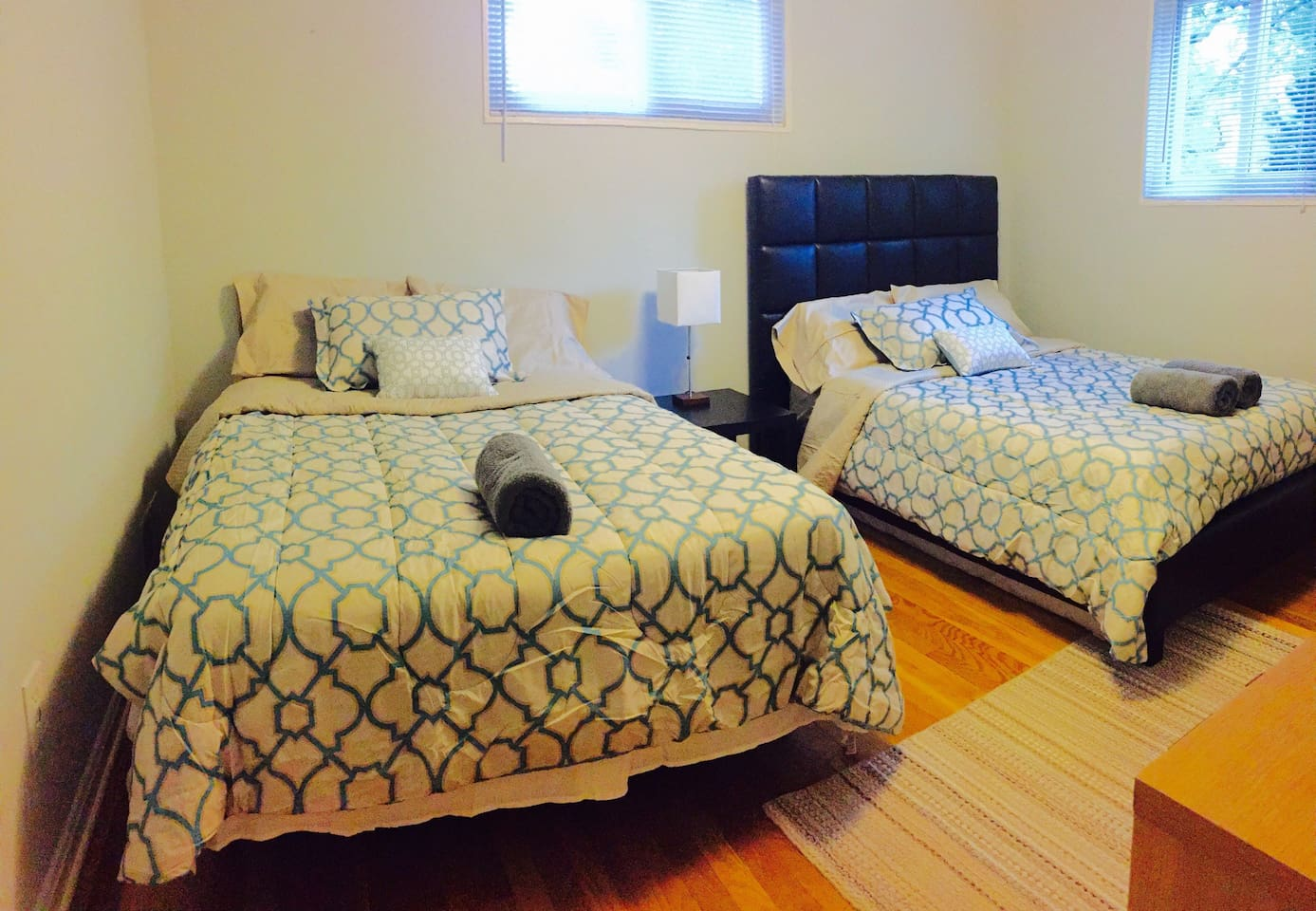2 comfortable full beds, fresh sheets and towels,sunny and large room
