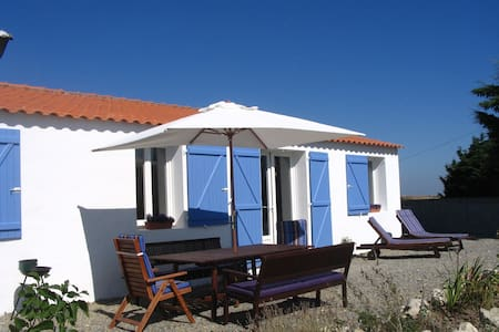 Holiday cottage on the Vendee Coast - Beauvoir-Sur-Mer