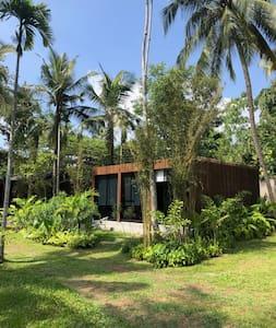 Suite Bungalow in Private Garden Retreat