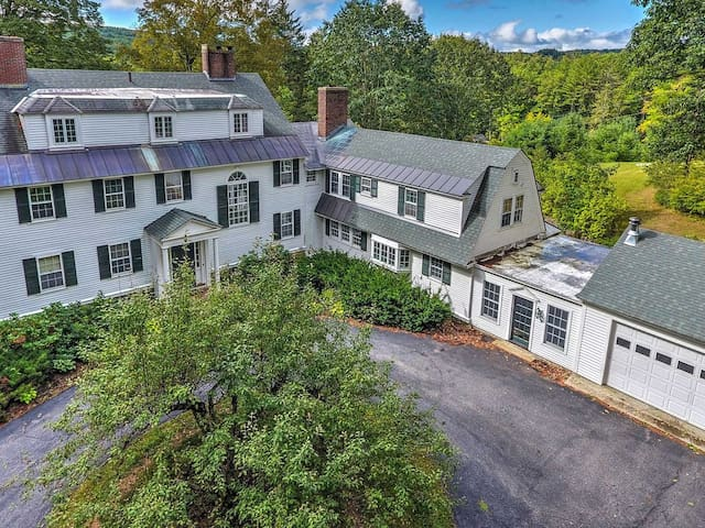 Colonial Keene House on 7 Acres w/ Pool!