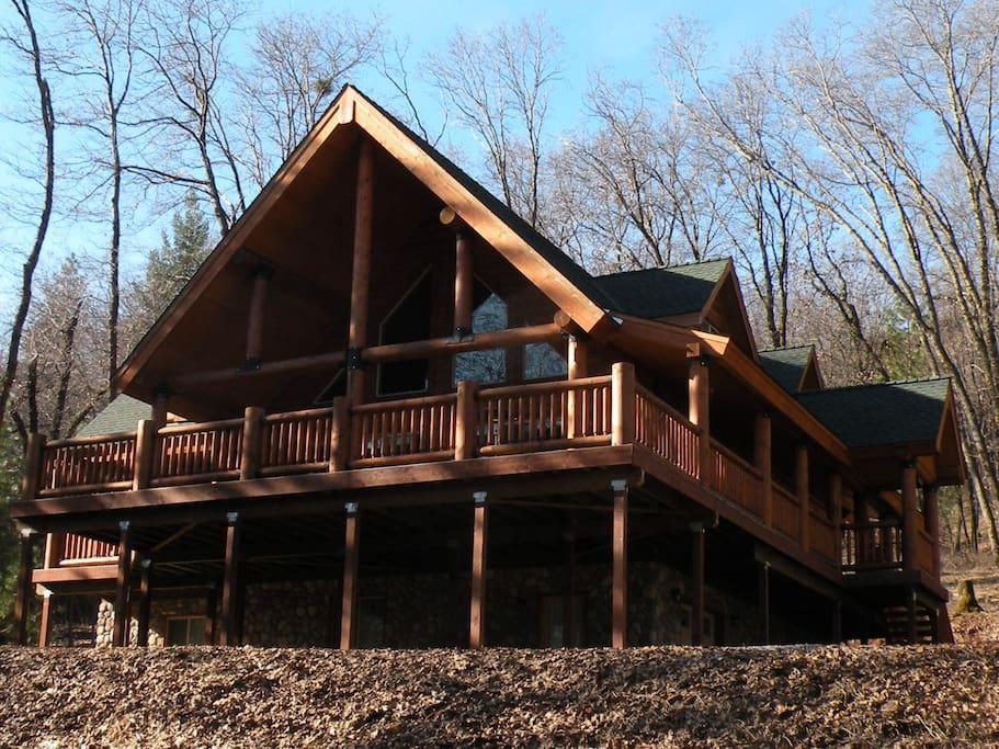 Myers Hillside Hideaway: Winter 2011