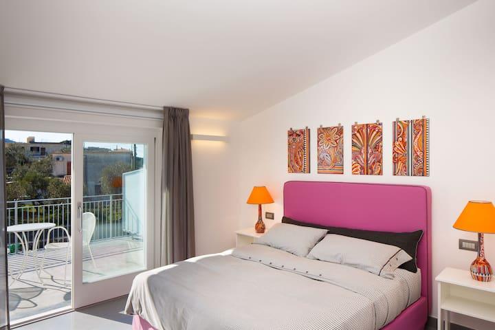 B&B COLARUSSO - GIOVEDI' ROOM - Sant'Agata sui due golfi - Bed & Breakfast