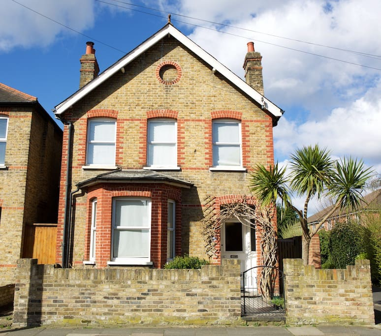Detached Victorian 3 bedroom Family Home
