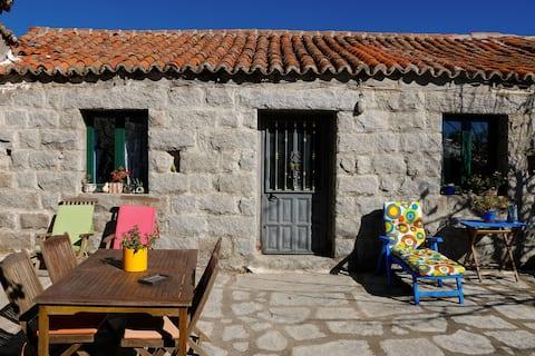 """""""Villa Chica"""". Stone house in El Boalo"""